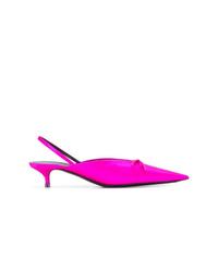 Zapatos de tacón de satén rosa de Balenciaga