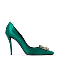 Zapatos de tacón de satén verdes de Roger Vivier
