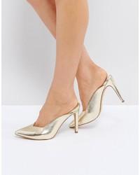 Zapatos de tacón dorados de Asos