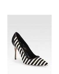 Zapatos de tacón en blanco y negro