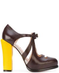 Zapatos de Tacón Marrón Oscuro de Fendi
