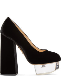 Zapatos de tacón negros de Charlotte Olympia