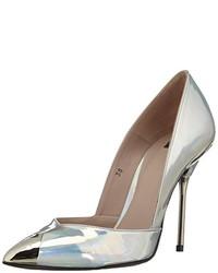 Zapatos de tacón plateados de P.