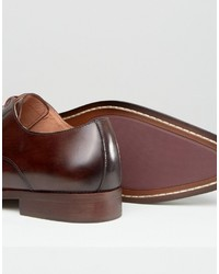 Zapatos derby de cuero en marrón oscuro de Dune