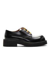 Zapatos derby de cuero en negro y blanco de Marni