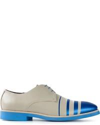 Zapatos derby de cuero grises de Pollini