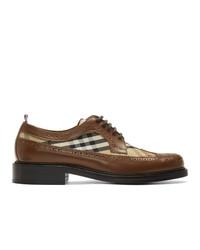 Zapatos derby de cuero marrónes de Burberry