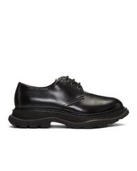 Zapatos derby de cuero negros de Alexander McQueen