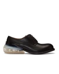 Zapatos derby de cuero negros de Maison Margiela