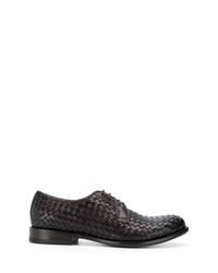 Zapatos derby de cuero tejidos en marrón oscuro de Tagliatore