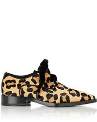 Zapatos derby de pelo de becerro de leopardo en beige