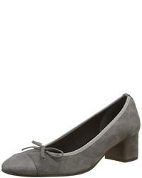 Zapatos en gris oscuro de Elizabeth Stuart