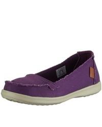 Zapatos en violeta de Chung Shi