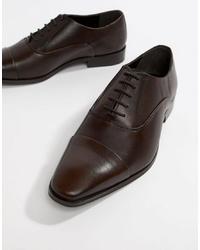 Zapatos oxford de cuero en marrón oscuro de Dune