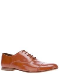 Zapatos oxford de cuero marrón claro de B Store