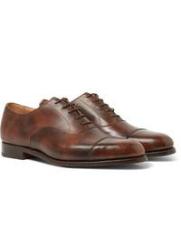 Zapatos oxford de cuero marrónes de Tricker's