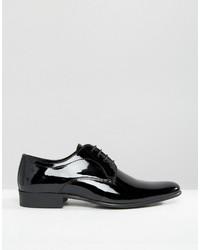 Zapatos oxford de cuero negros de Red Tape