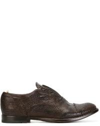 Zapatos oxford de cuero tejidos en marrón oscuro