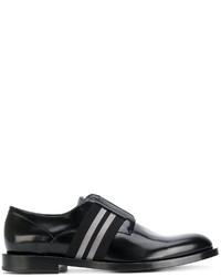 Zapatos oxford negros de Fendi